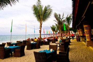 Thailand – An adults only resort for couples desiring romance