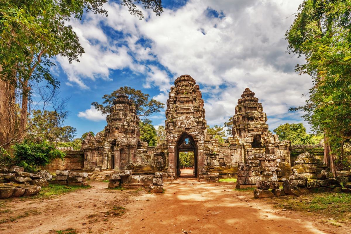 7 Day Best Vacation of Cambodia Tour  with flights – Air Asia Sale
