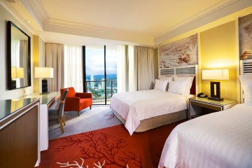 3, 4 or 5 nights at the Surfers Paradise Marriott Resort & Spa