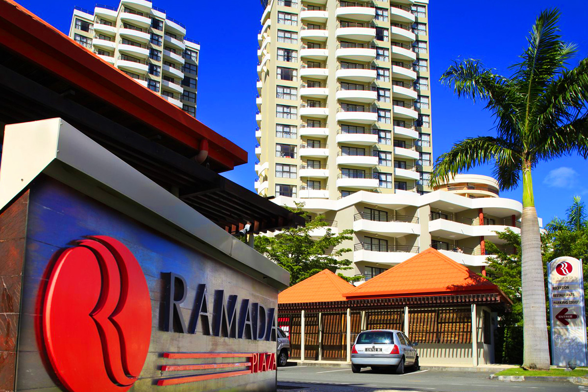 5 or 7 nights at the Ramada Plaza Noumea