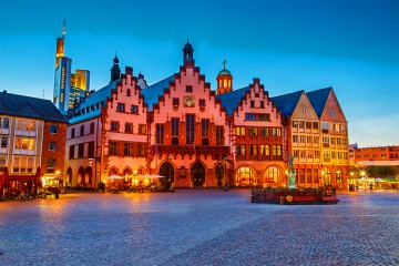 33 Day European Masterpiece & River Cruise