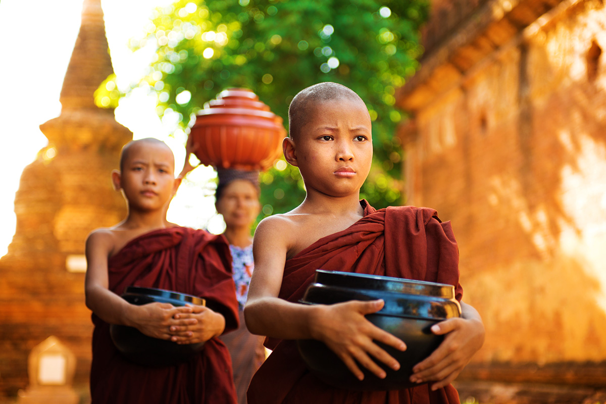 Burma (Myanmar) tour including Cruise and Flights