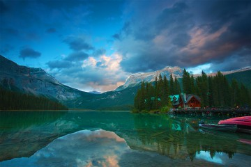 18 Day Luxury Alaska Cruise & the Spectacular Rockies including flights