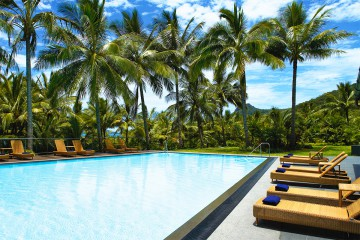 Reef View Hotel Hamilton Island – Golf Package with flights
