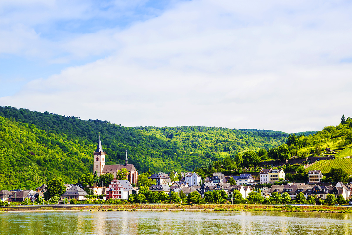 18 Day Elegance of Britain & deluxe Rhine river cruise