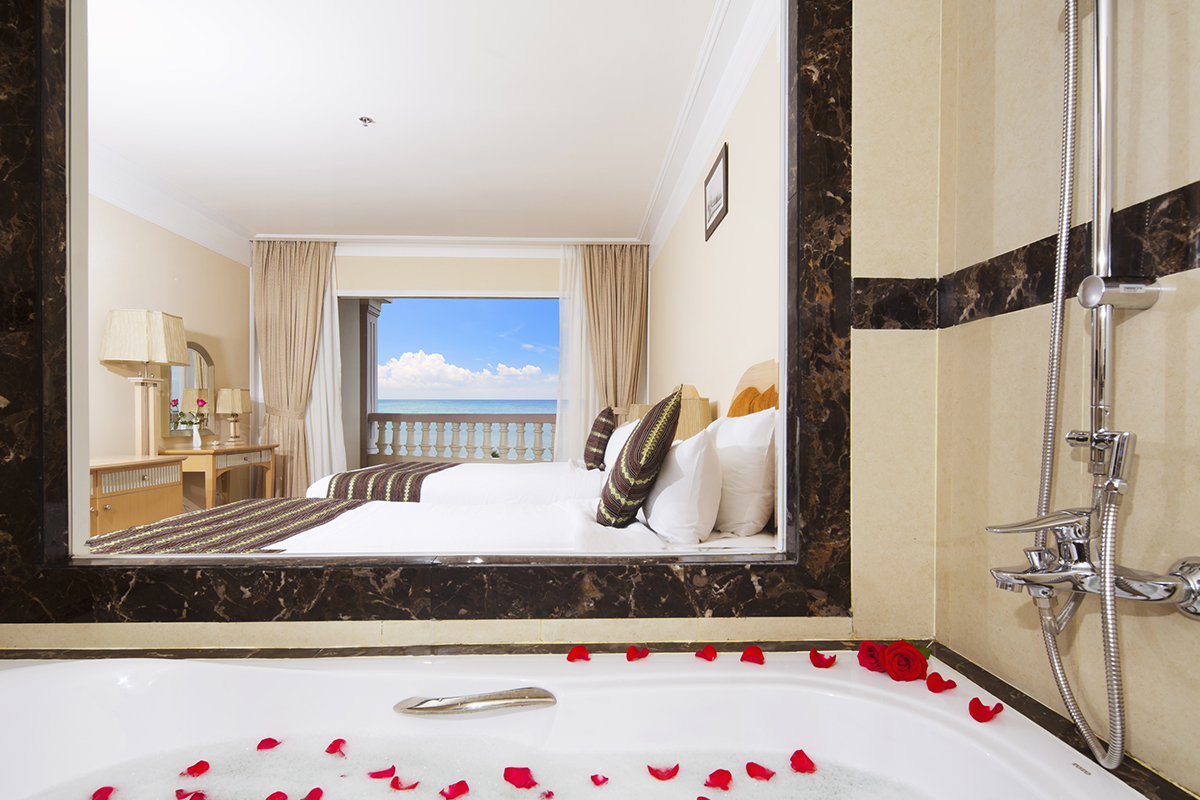 Sunrise Nha Trang Beach Hotel & Spa – 5 Star Resort