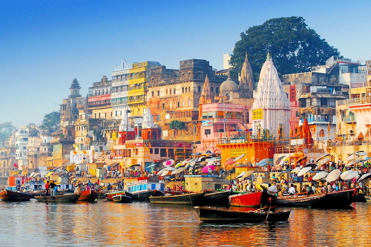 Enchanting North India & Varanasi with Qantas or Emirates flights