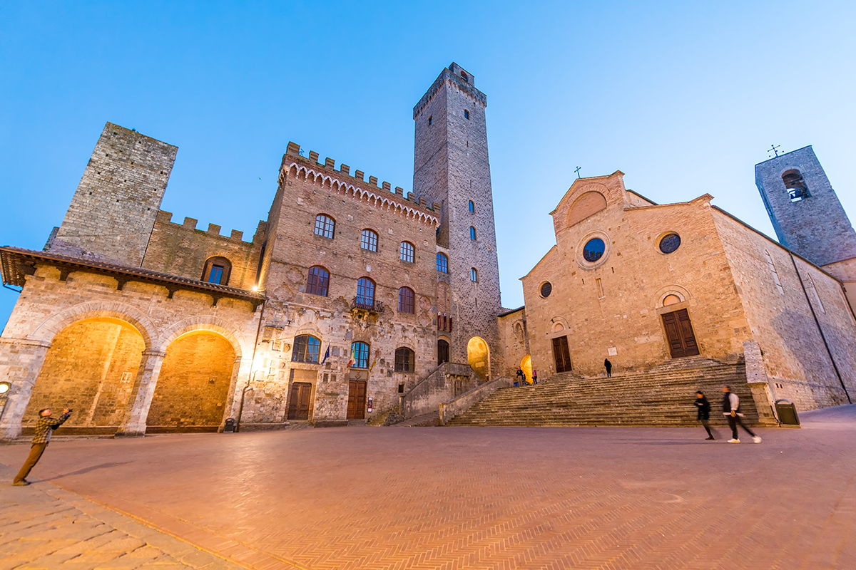 16 Day Italy's Tuscany & Umbria with Greek Isles cruise