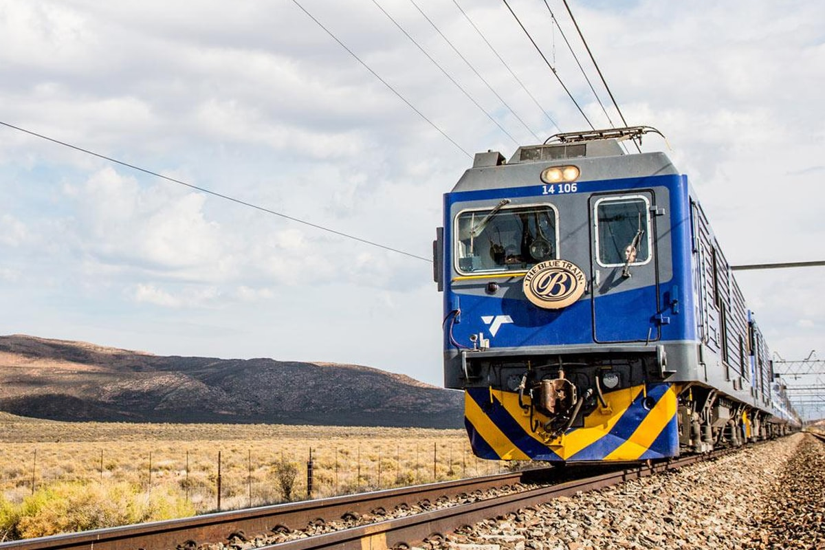 12 Day Unforgettable Blue Train & South African Safari with flights