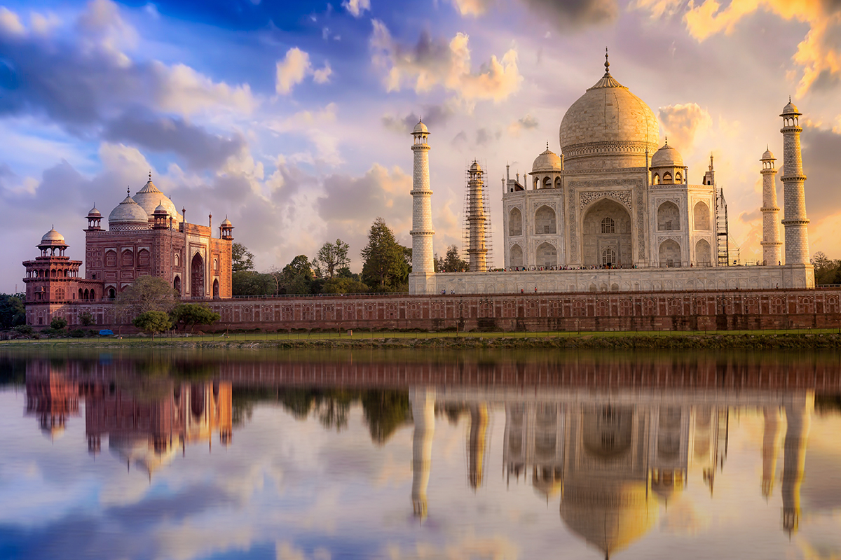 17 day Arabian Peninsula Cruise and India Tour with Flights