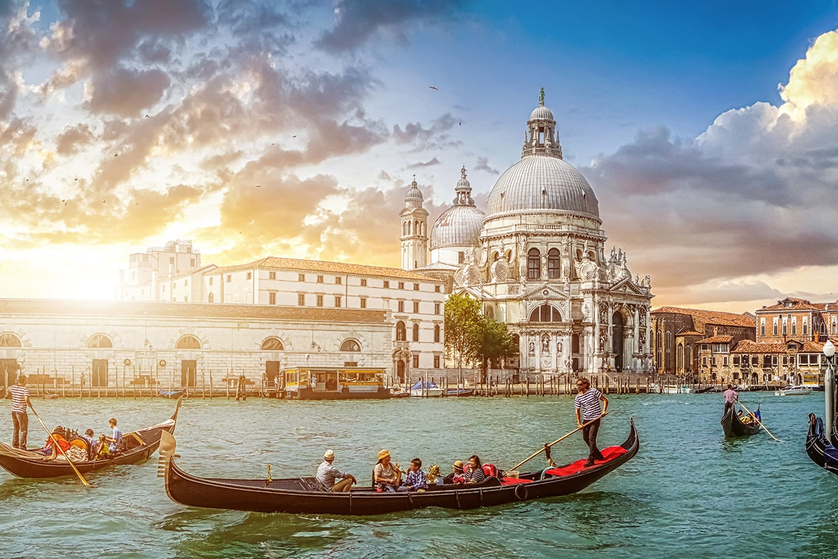 11 Day France, Switzerland & Italy Tour with flights