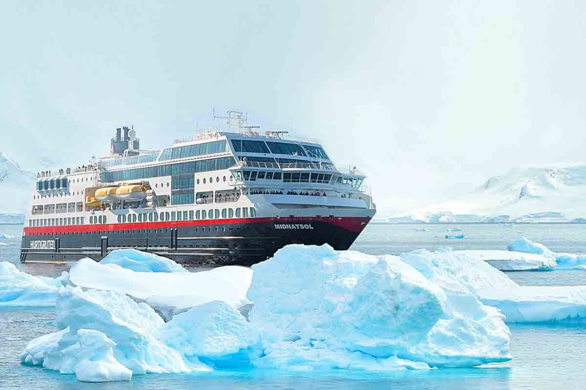 Antarctica Expedition Cruise with Buenos Aires