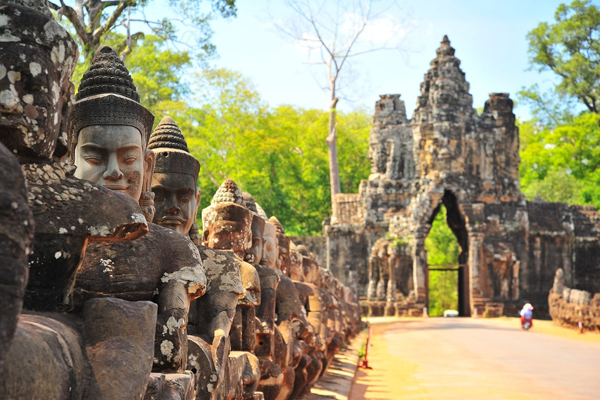 10 or 12 Day Cambodia Tour with flights