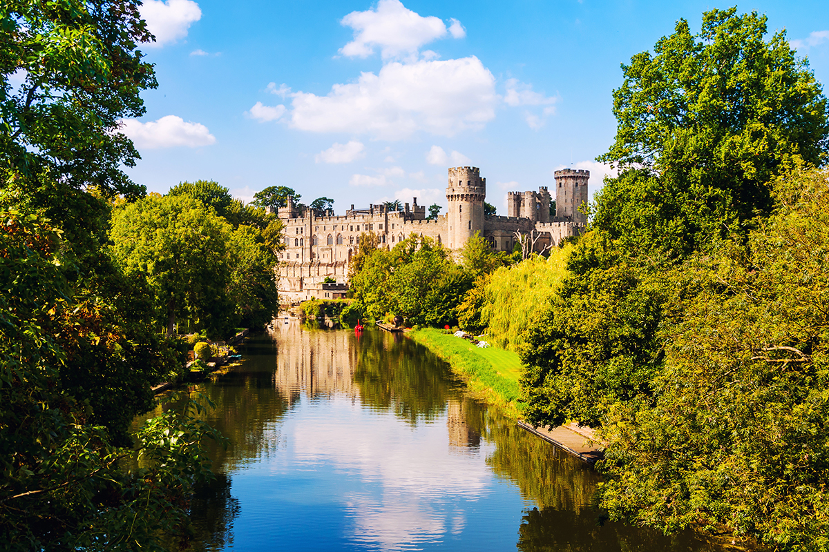 11 day England self drive package with flights