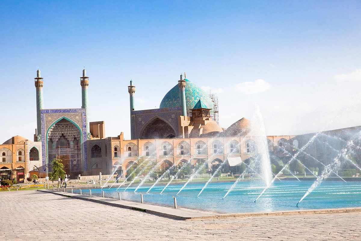 10 Day Taste of Iran tour with Emirates flights