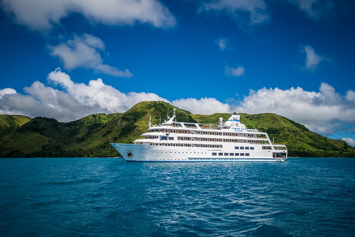 9 day Fiji Islands cruise package with flights