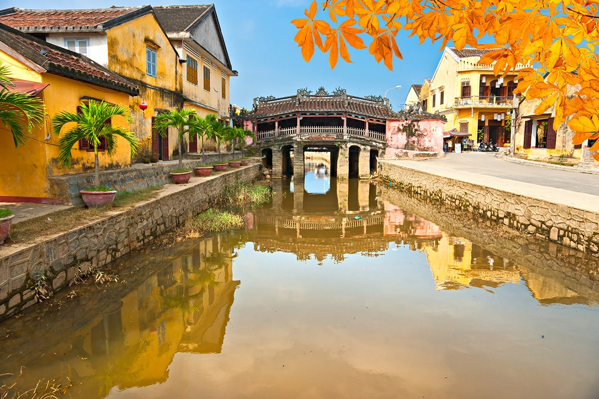 9 or 11 day Vietnam tour including flights