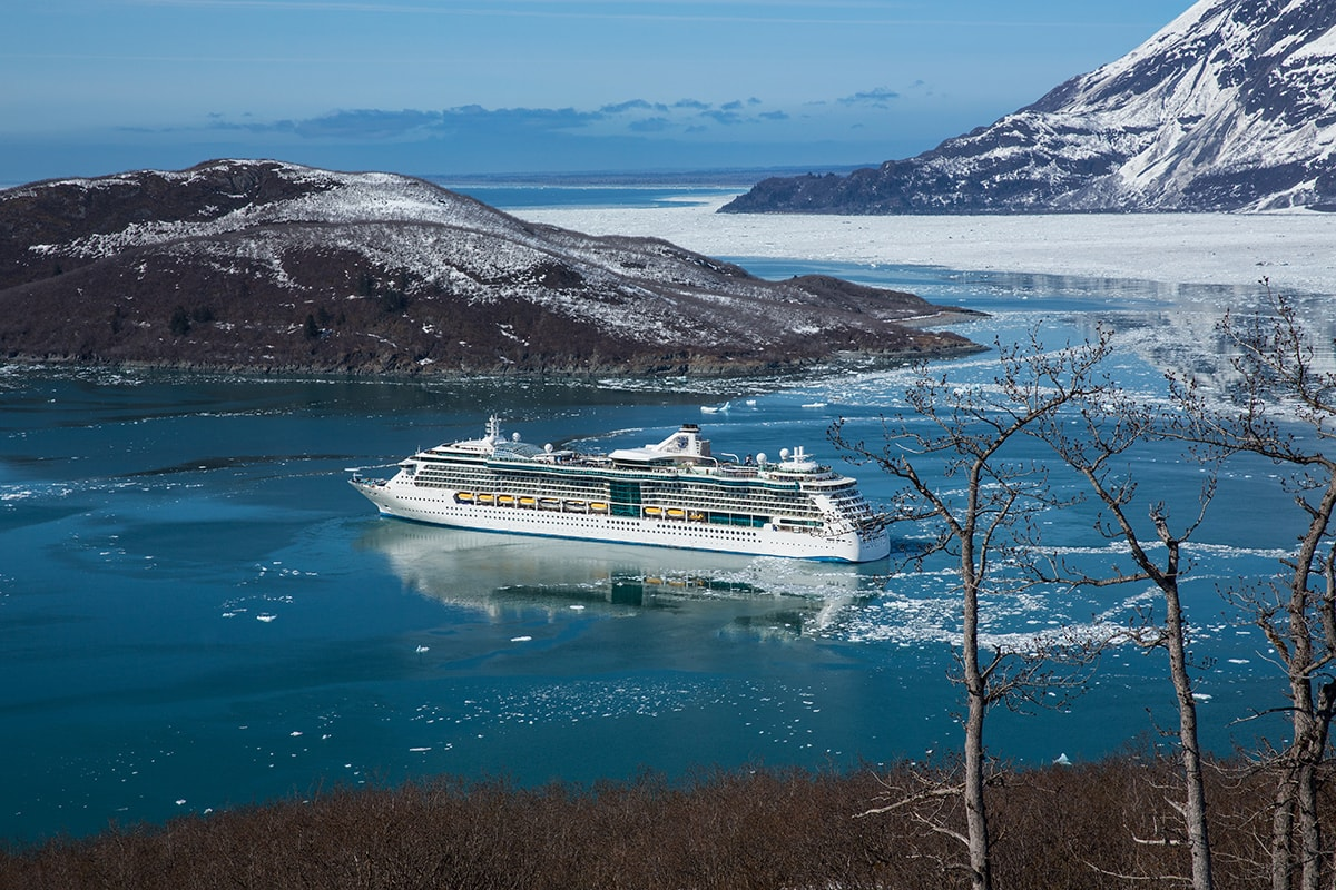 18 day Rocky Mountaineer tour with Alaska cruise – Royal Caribbean – End of Year Sale