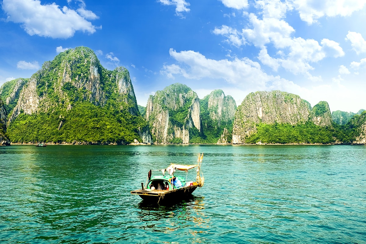 20 day Vietnam & Cambodia Tour with Halong Bay and Mekong River cruise & flights