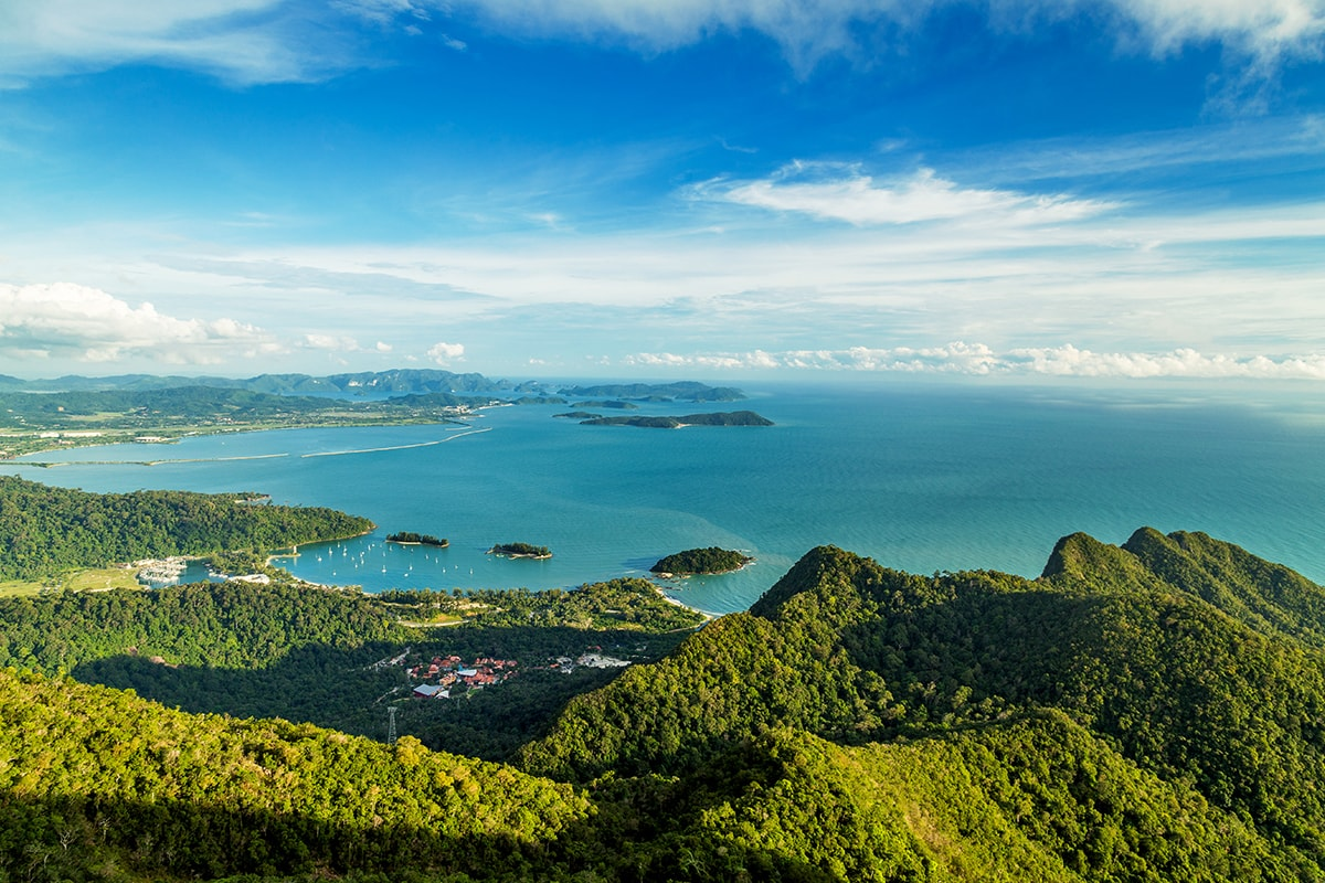 12 day Malaysia tour and Langkawi beach break with flights