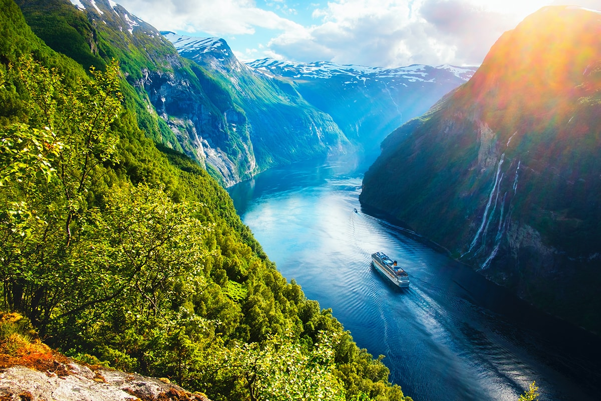 27 Day Grand Scandinavia with the Baltics and Russia with flights
