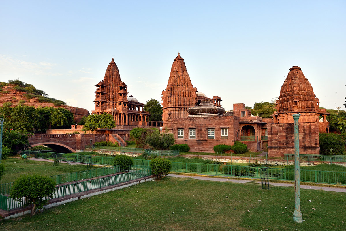 13 day Classical North India and luxury Rajasthan tour with Singapore Airlines flights