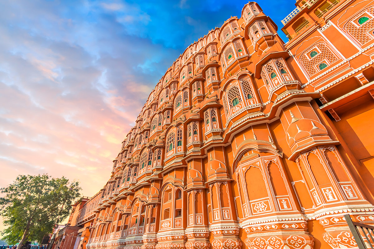 12 day Best of India and Varanasi tour with Singapore Airlines flights