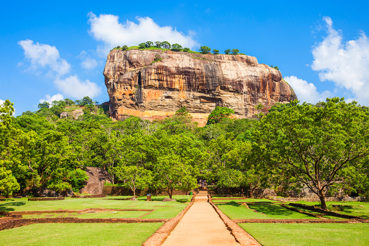 17 day Grand Sri Lanka tour with flights