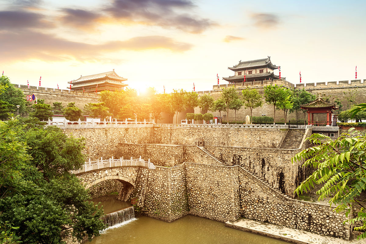 14 day Enchanting China tour with flights