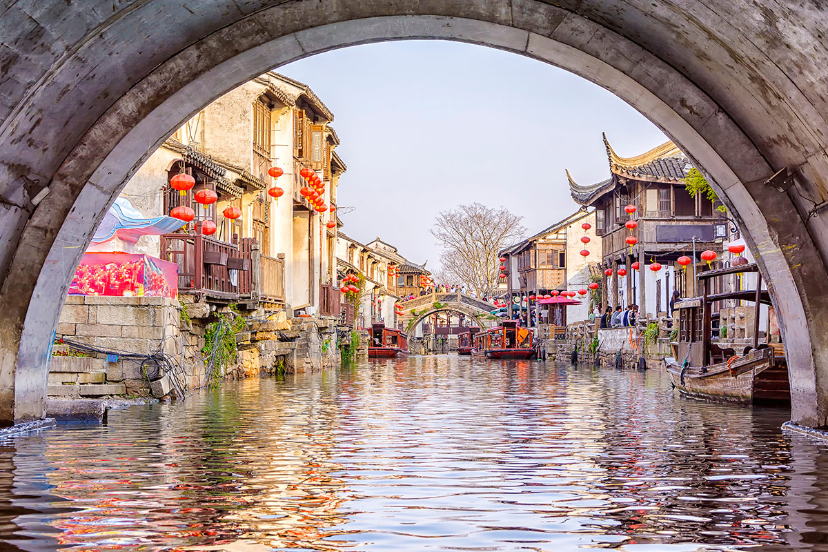 21 day Best of Vietnam and China tour with flights
