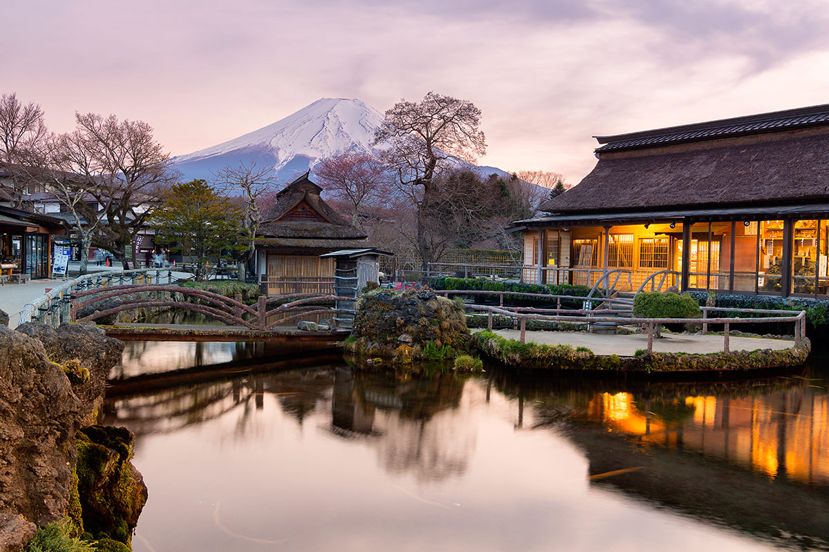 13 day Classic Japan tour with Qantas flights