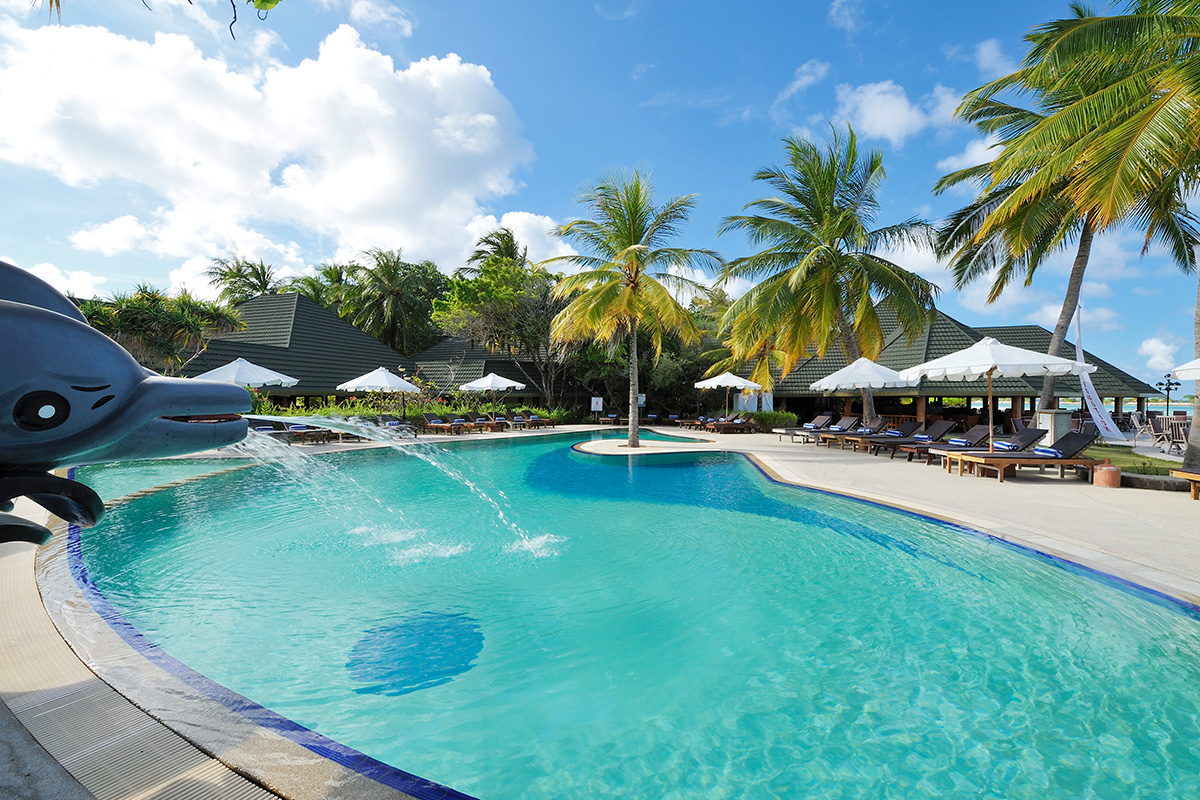 Indulgent Maldives Experience with Singapore Airlines flights
