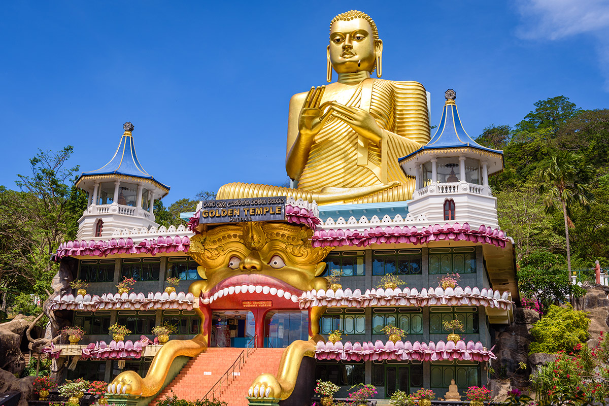 19 day India and Sri Lanka tour with all-inclusive Maldives beach break and flights