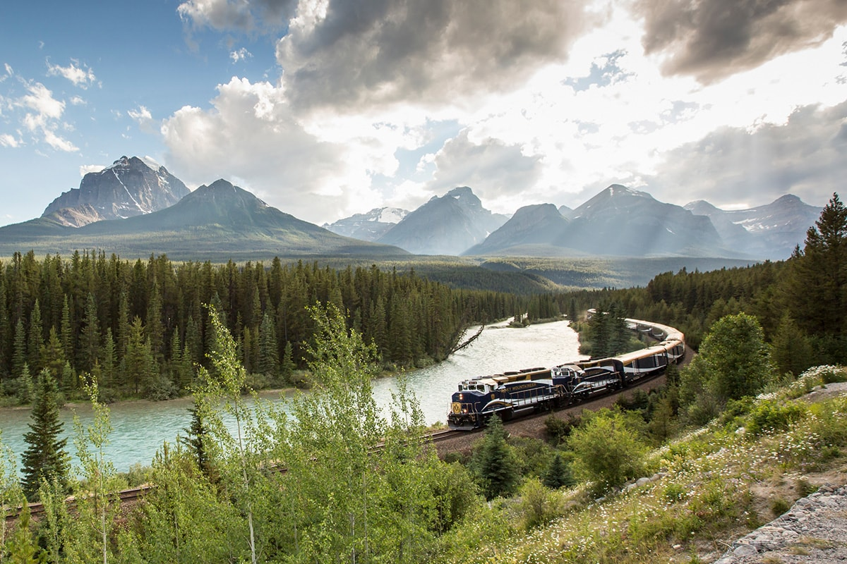 18 day Unforgettable Rockies tour with Rocky Mountaineer, Alaska cruise and flights