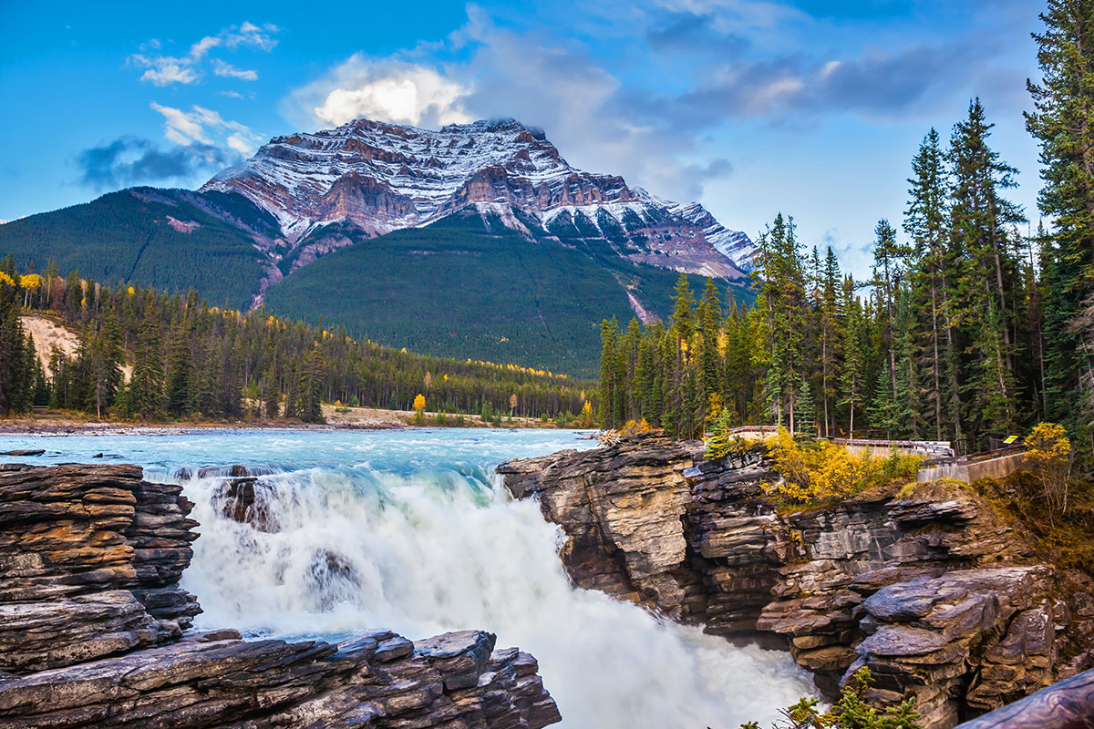 21 day Grand Rockies tour with Rocky Mountaineer, Alaska cruise and flights