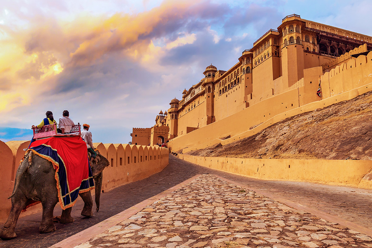 15 day Golden Triangle and Southern India tour with flights