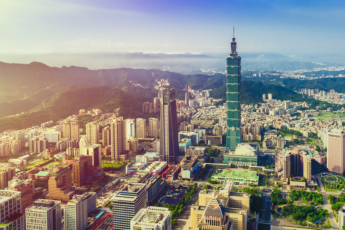 13 day Taiwan tour with Singapore or Hong Kong stopover and flights