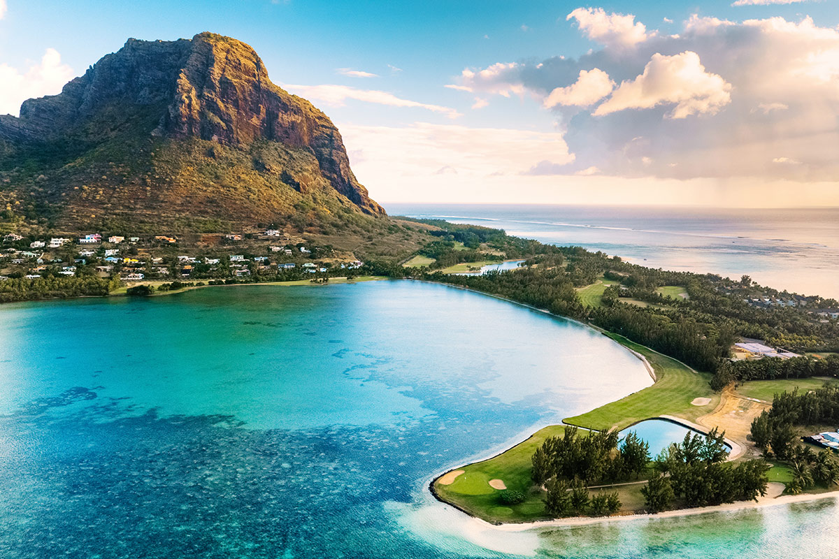 10 day 5-star Singapore and all-inclusive Mauritius package with flights