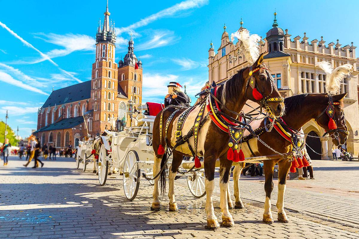 23 day Majestic Eastern Europe tour with Russia and flights