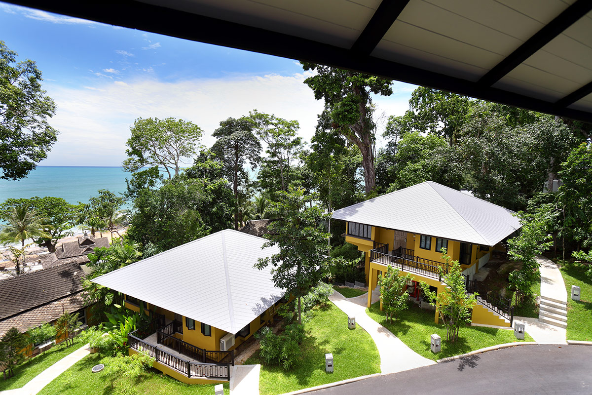 10 day 5-star Singapore and Khao Lak package with flights
