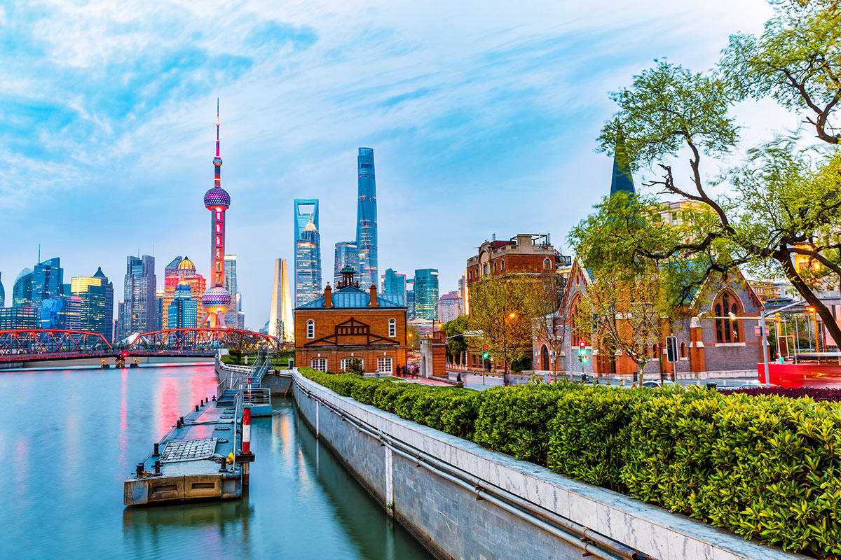 10 day Wonders of China tour with Singapore Airlines flights
