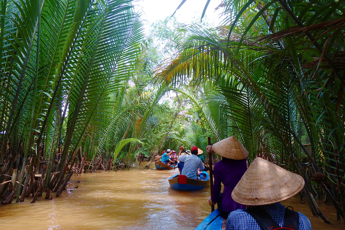 15 day 5-star Mekong River cruise with Vietnam tour and flights