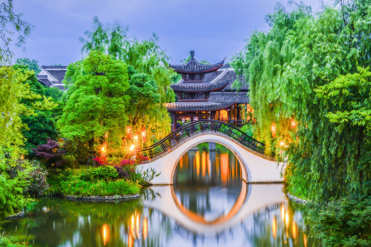 10 day Stunning China tour with flights