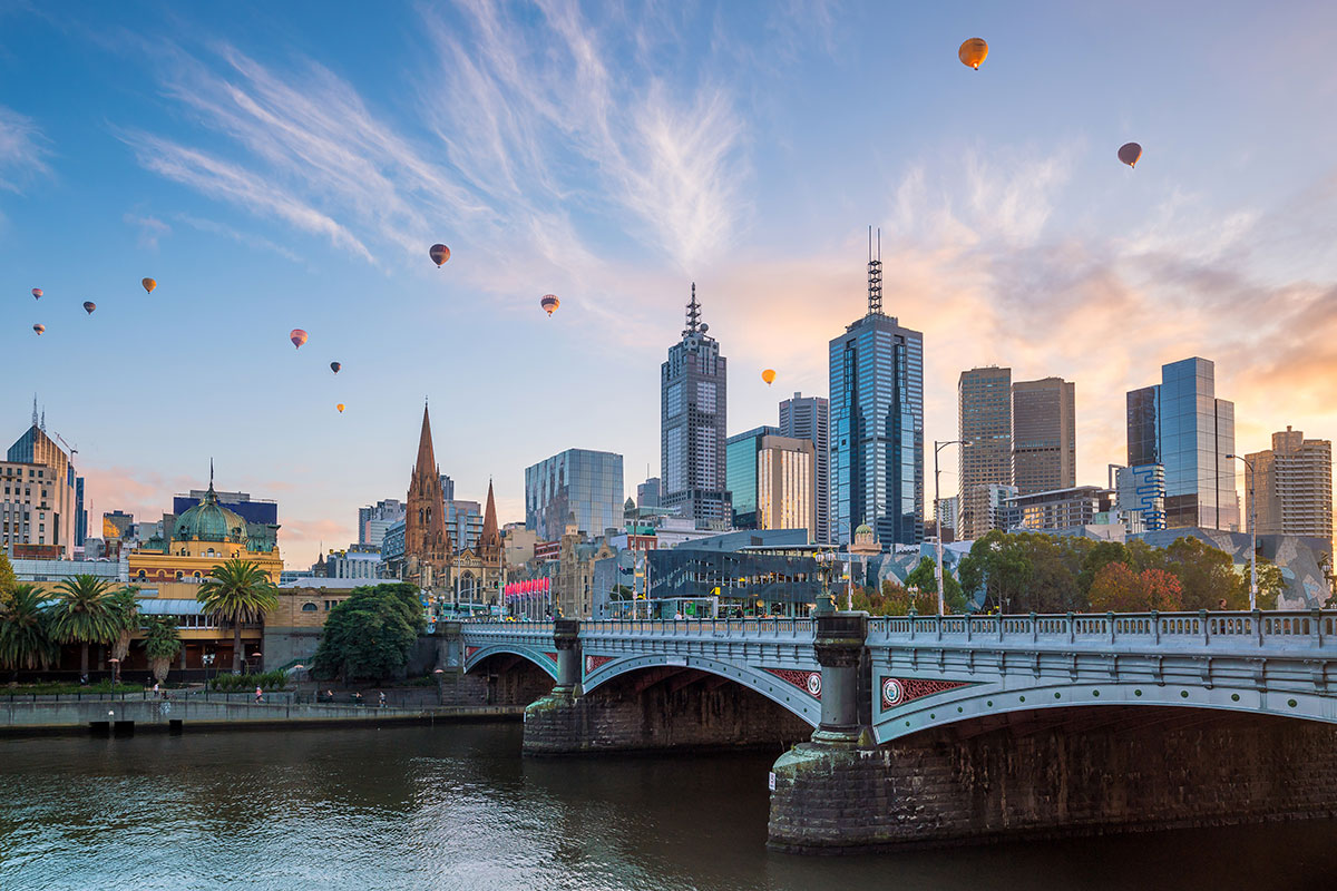 14 day Auckland to Melbourne luxury cruise with one-way Qantas flight