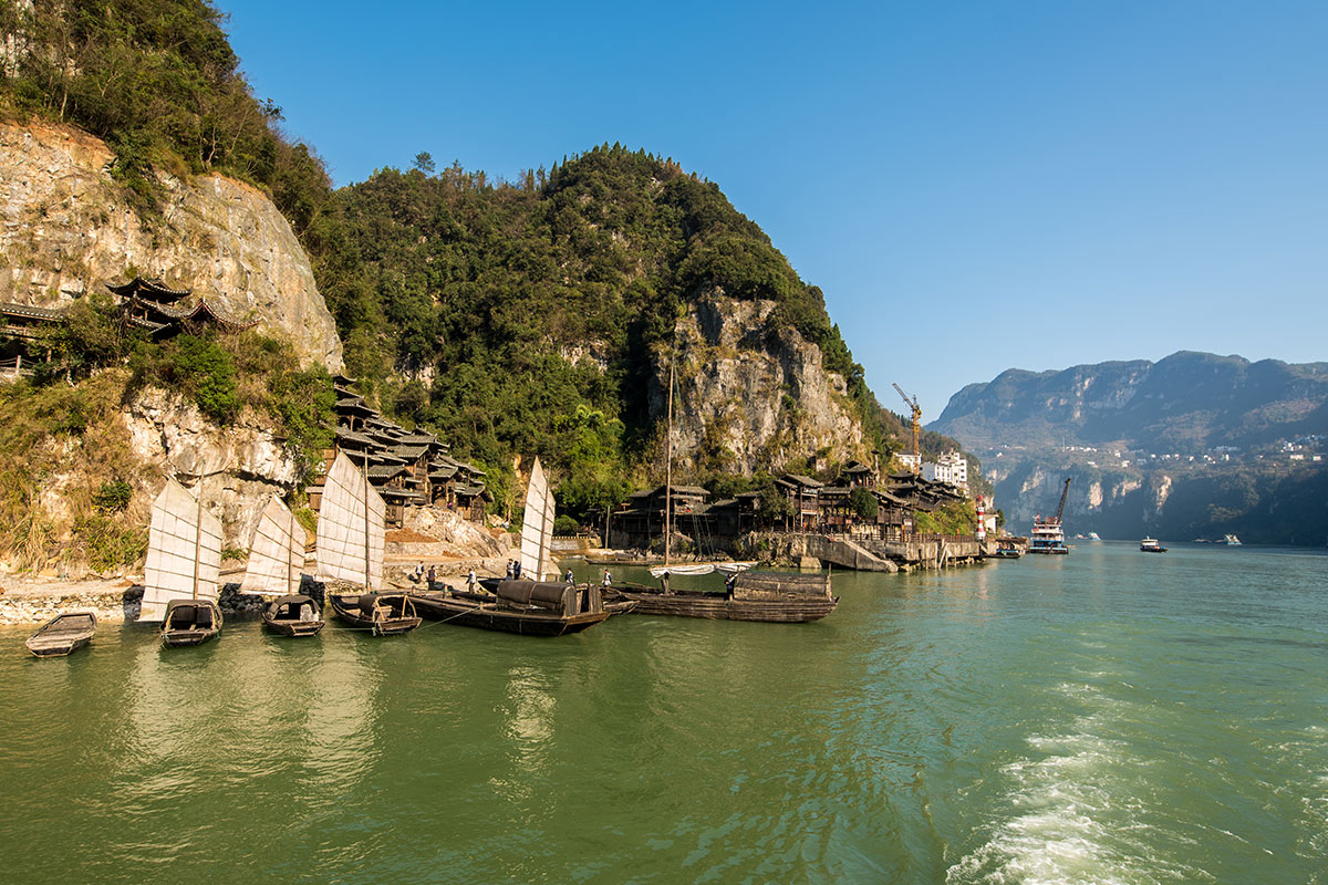 14 day Ultimate China tour with 5-star luxury Yangtze River cruise and flights