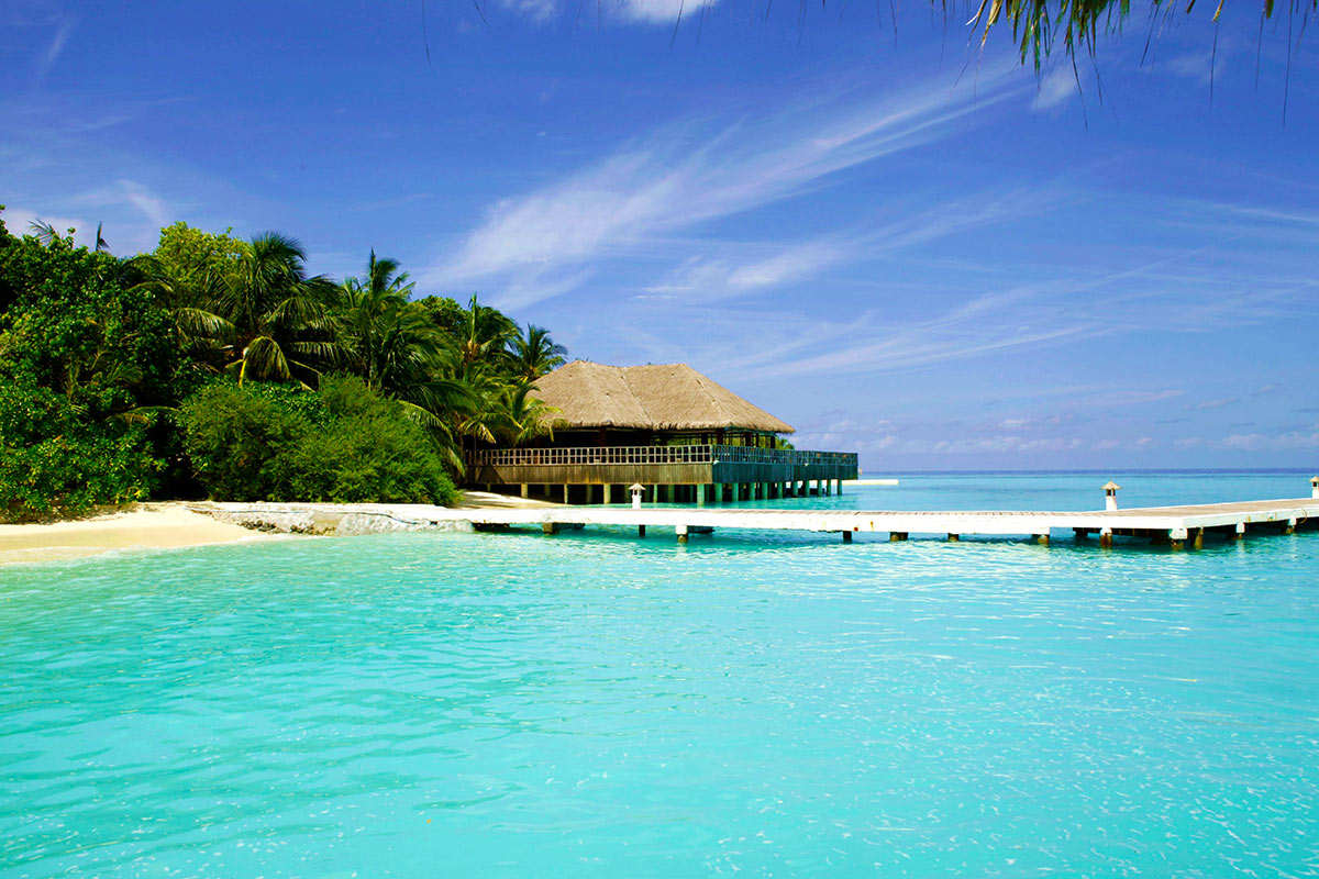 7 day Spectacular Maldives Escape with all-inclusive package and flights