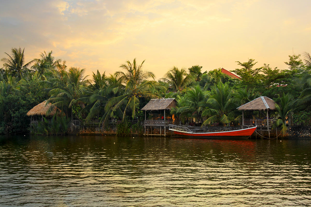 10 day Highlights of Cambodia tour with flights