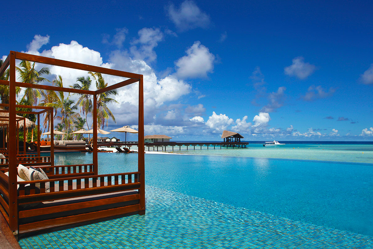 10 day Over Water Maldives Opulence with 5-star Singapore stopover and flights