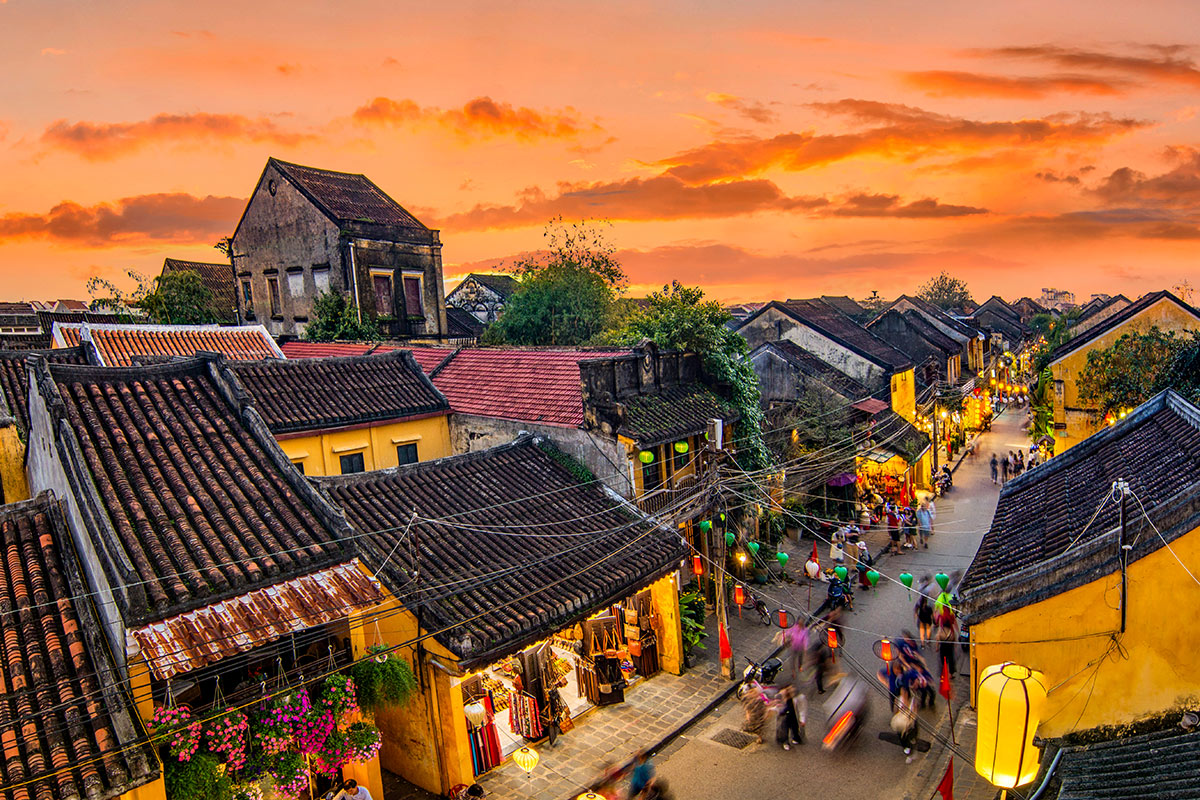 12 day Luxury Vietnam tour with flights