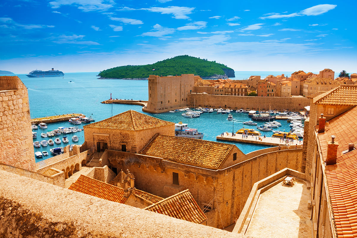 22 day Grand Middle East to Europe cruise with flights